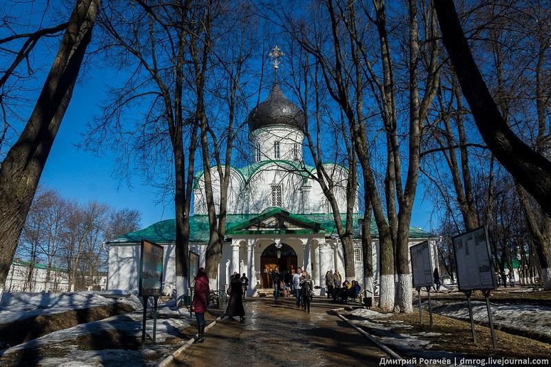 Aleksandrovskaya-sloboda-1